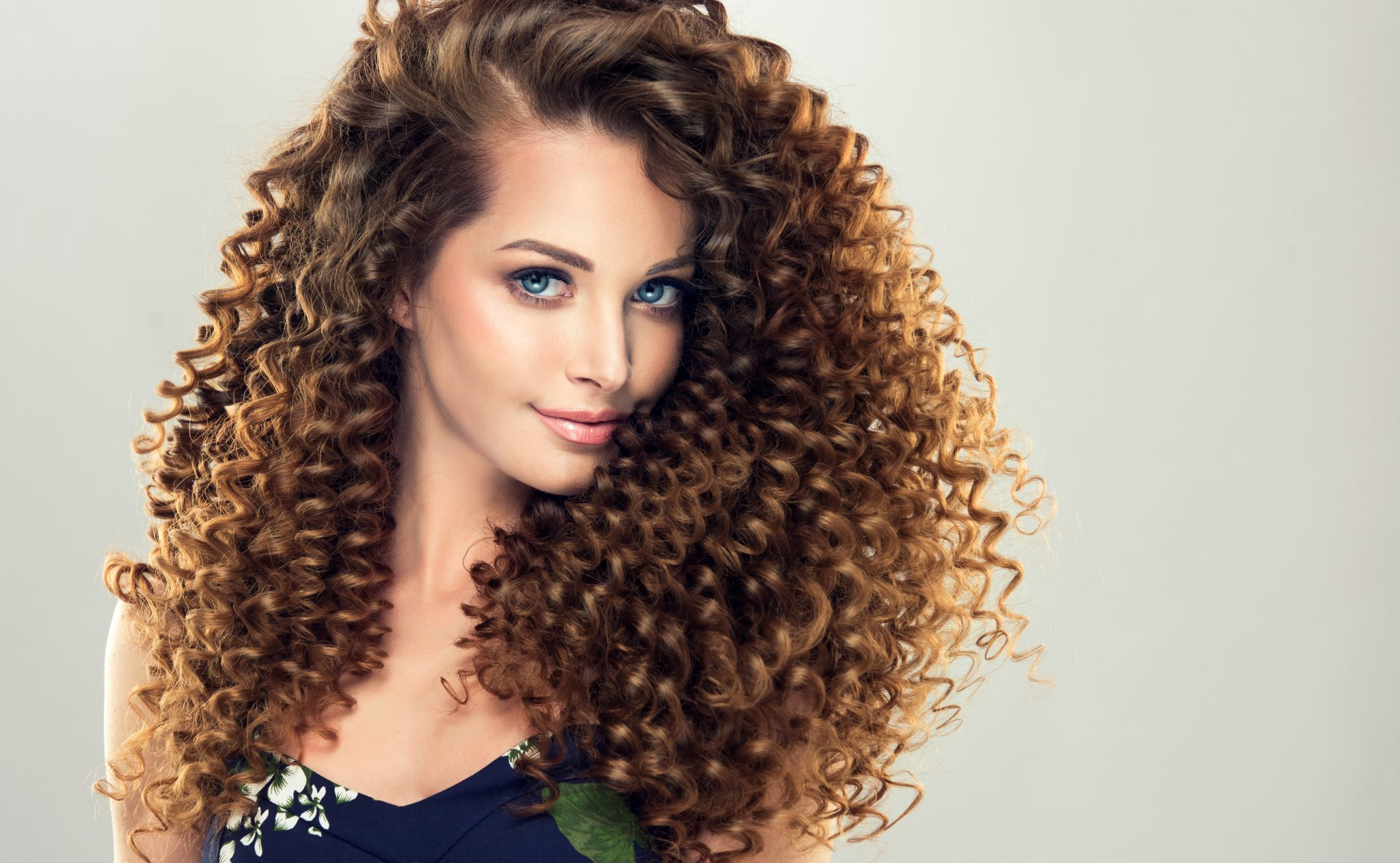 woman with very curly hair